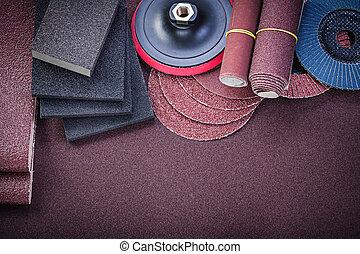 abrasivo, sobre, papel de lija, directamente, herramientas, composición