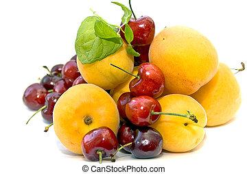 abricots, doux, cerises fraîches