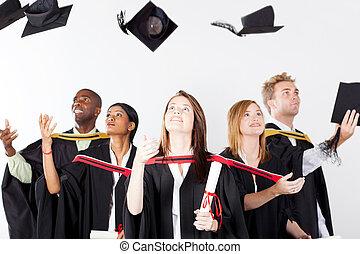 absolwenci, wyrzucanie, czapki, na, skala
