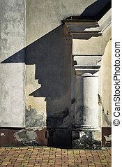 column shadow on the wall