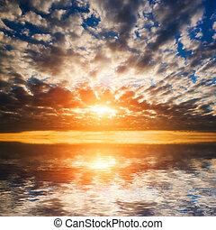 abstrakt, dramatisch, sonnenuntergang, an, der, meer, ocean.