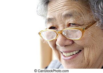 abuela, feliz