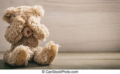 abuso, concept., niño, ojos, oso, cubierta, teddy