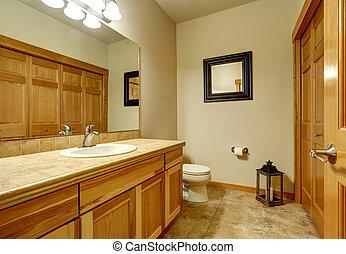Bagno Beige E Marrone : Bagno moderno beige e marrone dalle classiche lampade a parete