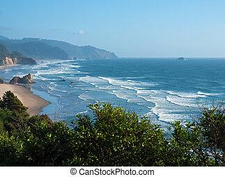 accidentato, roccioso, trascurare, costa oregon, tramonto, spiaggia