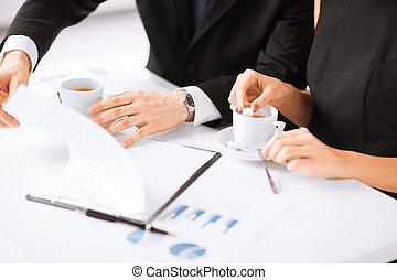 accord main, papier, contrat, femme