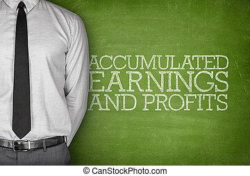 accumulated, ganancias, y, ganancias, texto, en, pizarra