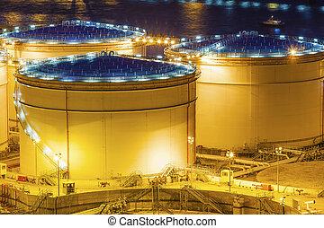 aceite, tanques, por la noche, en, hong kong