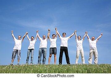 acenado, sete, camisas, ter, mãos, branca, amigos