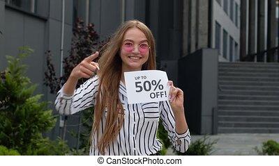 achats, cent, adolescent, vendredi, projection, girl, fermé, haut, inscription, 50, publicité, noir, escomptes