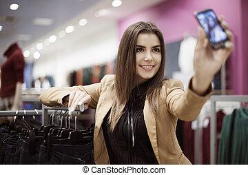 achats femme, photo, prendre, centre commercial, elle-même