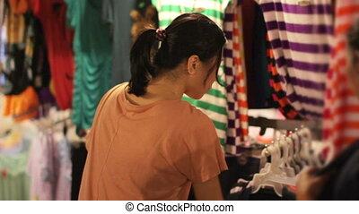 achats, marché asiatique, nuit