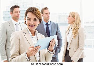 achter, digitale , collega's, gebruik, tablet, businesswoman