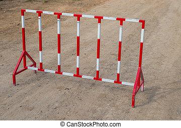 acier, barrière blanche, barrière, rouges