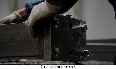 acier, serrer, écrou, worker's, beam., clé, bras