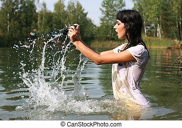 acqua, donna, macchina fotografica