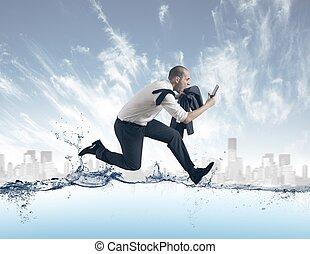 acqua, uomo affari, corsa