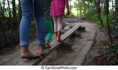 actif, par, mère, étroit, frère, board., promenade, soeur,...