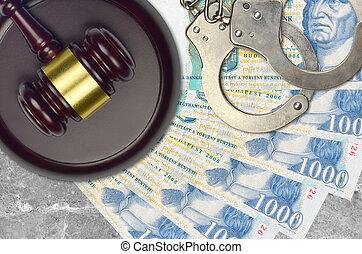 action éviter, juge évaluation, marteau, 1000, police, menottes, concept, judiciaire, tribunal, ou, impôt, factures, hongrois, forint, desk., bribery.