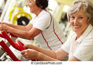 Active grandmas