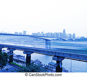 Active vehicular traffic on urban highway