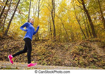 activo, y, deportivo, mujer, corredor, en, otoño, naturaleza