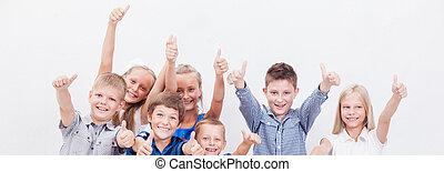 actuación, arriba, pulgares, retrato, niños, gesto, feliz