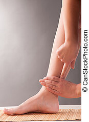 Acupuncture SANYINJIAO SP-6 - Acupressure, acupuncture....