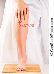 acupuntura, st36, pierna, tres, millas, zusanli