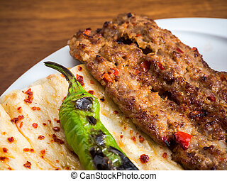 Turquie chiche kebab shish cuit adana cuisinier for Cuisinier kebab
