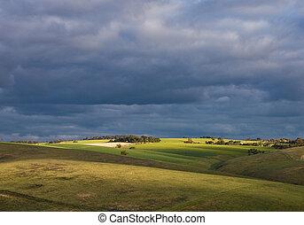 Adelaide Hills, summer, before strorm