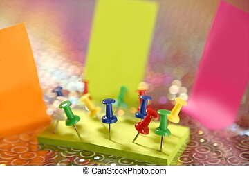adhesive color notes with colorful pin