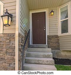 adjacent, porte, béton, pattes, escalier, carrée, maison, garage, devant