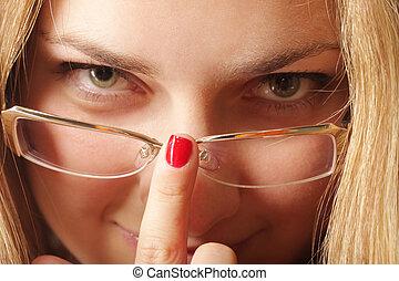 Adjusting eyeglasses