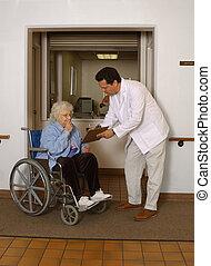 admitting senior to facility