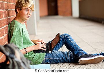 adolescent, école, ordinateur portable, passage, ÉTUDIANT,...