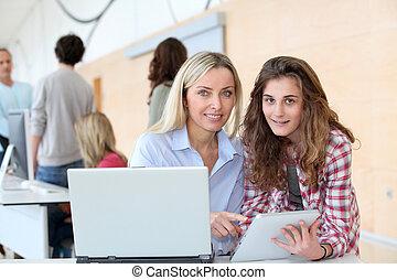 adolescent, classe calculant, portrait, girl, prof