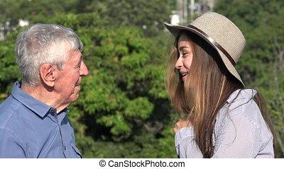 adolescent, conversation, girl, homme âgé
