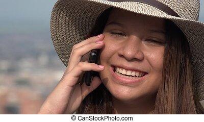 adolescent, conversation, téléphone portable, fille souriante