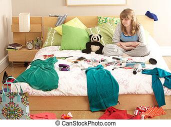 adolescent, désordonné, girl, chambre à coucher