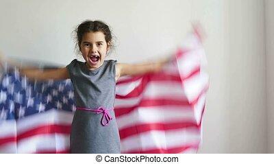 adolescent, drapeau etats-unis, cris, américain, tenue, girl