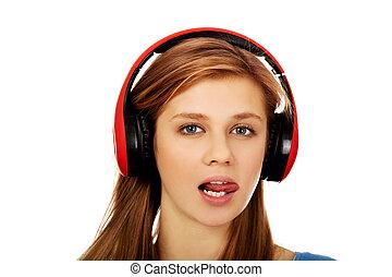 adolescent, femme, tounge, musique, spectacles, écoute