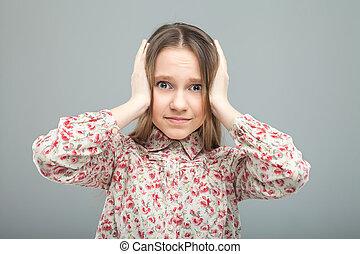 adolescent, ferme, oreilles, elle, mains
