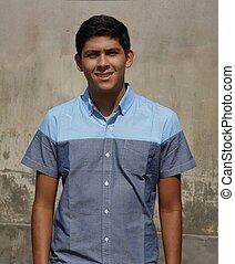adolescent, hispanique, jeune garçon
