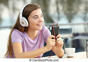 adolescent, magasin, café, musique écouter, heureux