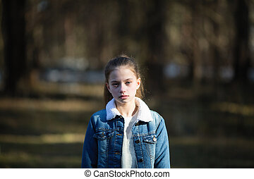 adolescent, mignon, pin, park., portrait, girl