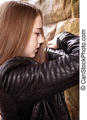 adolescent, mur, triste, penchant, girl, inquiété