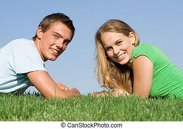 adolescent, parfait, couple, blanc, sourires