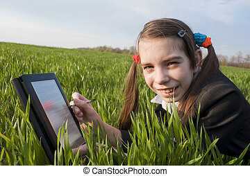 adolescent, pose, lecteur, girl, herbe, e-livre
