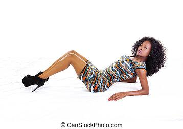 adolescent, reposer, américain, séduisant, africaine, maigre, girl